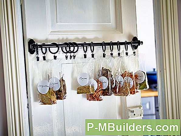 Kreativa Pantry Door Ideas: 6 Stylish Looks