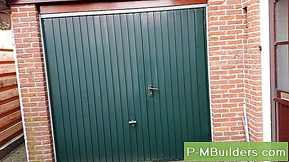Trä Garage Doors Vs Metal Garage Doors