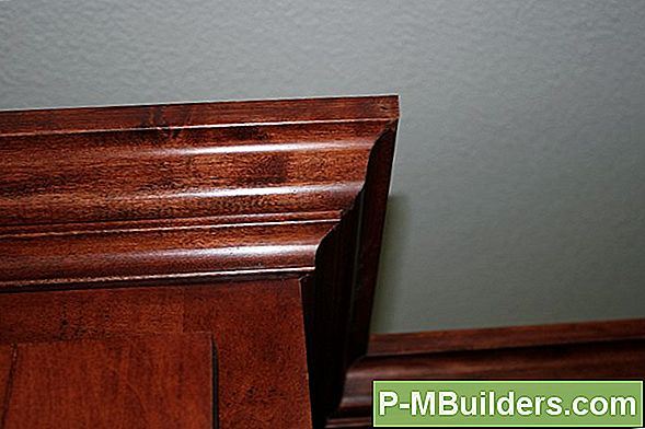 Maple Crown Moulding