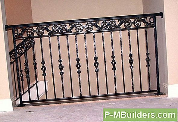 Eisen Porch Railing Vs Aluminium Porch Reling