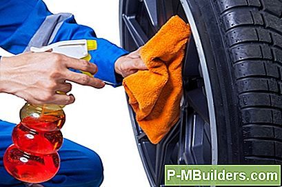 Car Rim Repair - Putsning En Scratch