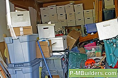 7 Organisasjons Tips For Basement Storage