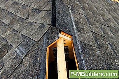 Ridge Vent Vs. Attic Fan För Attic Ventilation
