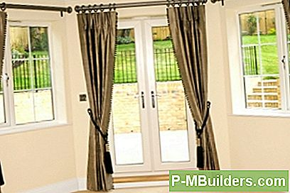 Wooden Screen Door Repair: A Guide