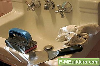 DIY Tips for å redusere bad remodeling kostnader