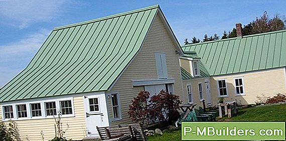 Shingle Vs Metal Roofing: Hva Er Best For Deg?
