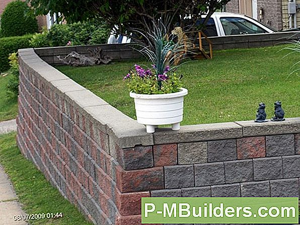 Build A Mortarless Retaining Stone Wall