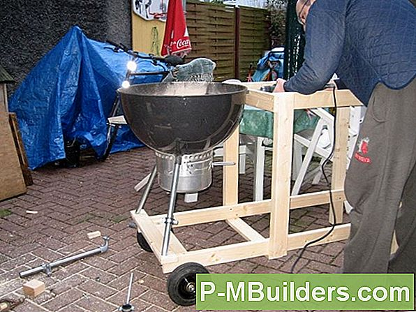 Zwei Barbecue Smoker Designideen