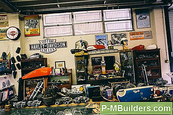 Man Cave: Gear Head Theme Ideas