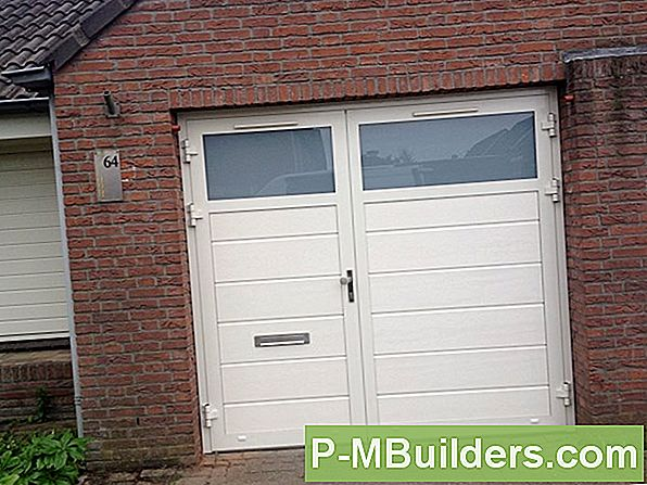 Hur Man Installerar En Overhead Garage Door