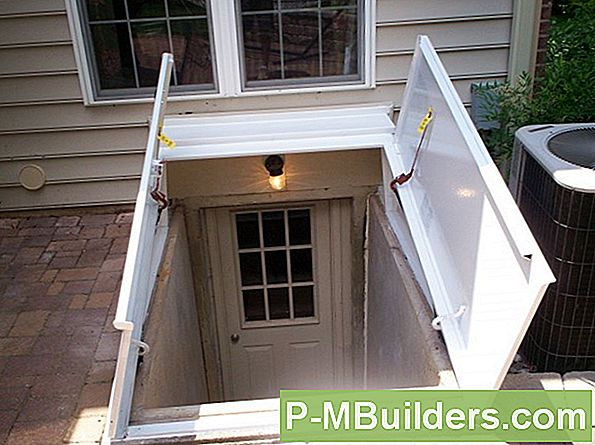 Kelder Egress Windows: Casement Versus Double Hung