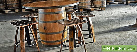 Hoe Wine Bar Furniture