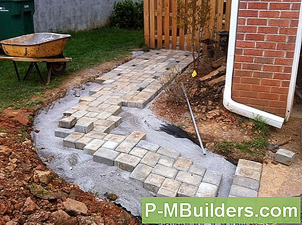 Design Curved Brick Walkways