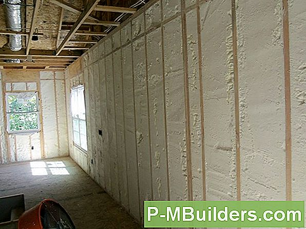 Spray Insulation Vs. Thermal Insulation