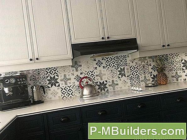 Metalen Of Tegelkeuken Backsplash?