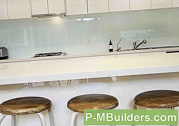 4 Badrum Backsplash Ideas